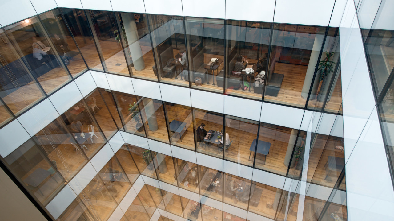 Oktra-to-design-weworks-largest-UK-office2_3840x2160_acf_cropped