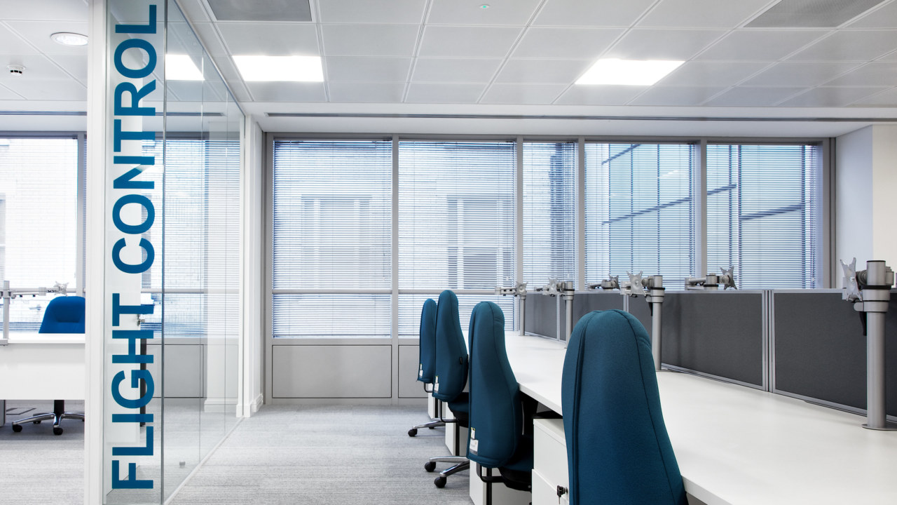 office-design-for-ProTravel-7_3840x2160_acf_cropped_3840x2160_acf_cropped